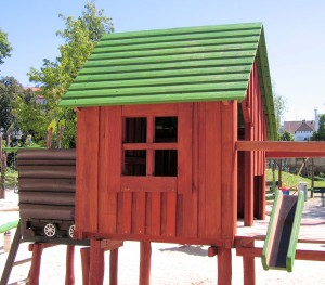 Building the best cubby house in the street bc sands blog for Home building blogs